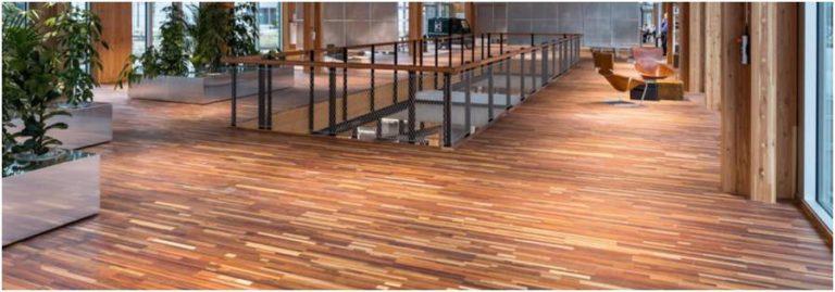 循環展館 CIRCL 室內由剩餘木材製成的鑲木地板