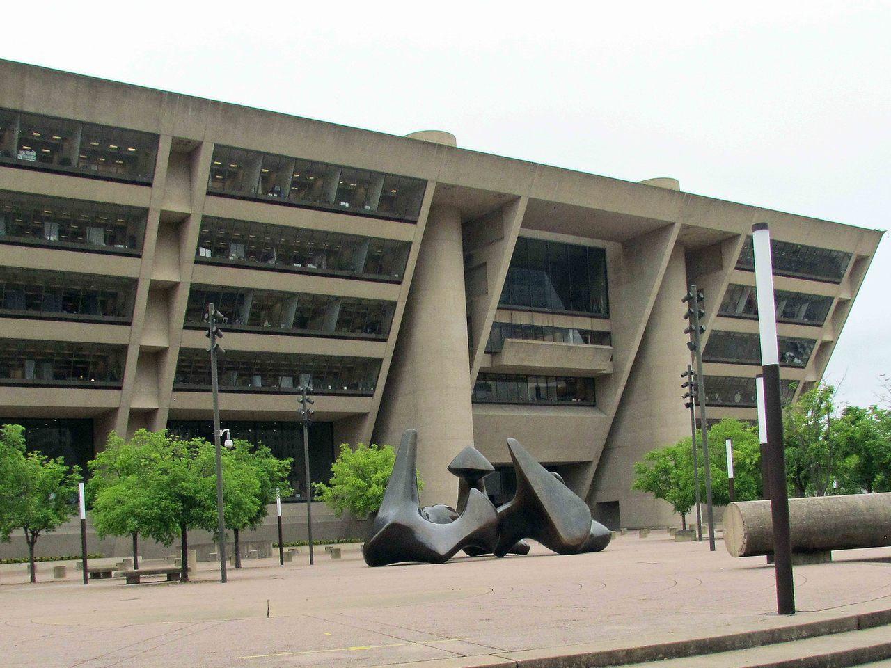 1972年:美國德克薩斯州達拉斯達拉斯市政廳。
