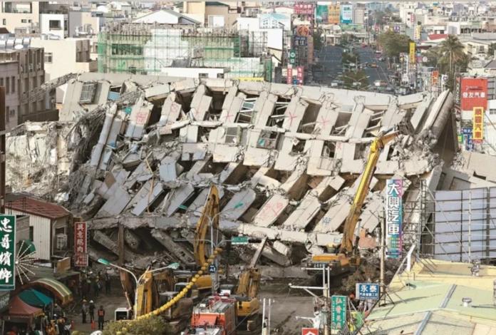 2016年0206南台大震造成台南市永康區維冠大樓倒塌,115人罹難。圖/聯合報系資料照片