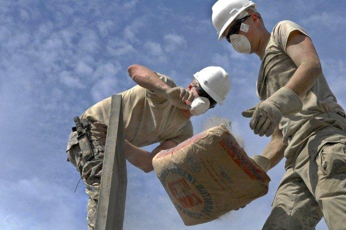 國外有研究指出,長期從事體力勞動,較容易患上癡呆症。
