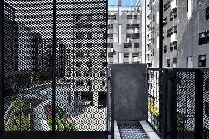 台中市政府太平育賢住宅獲2020台灣建築獎佳作。