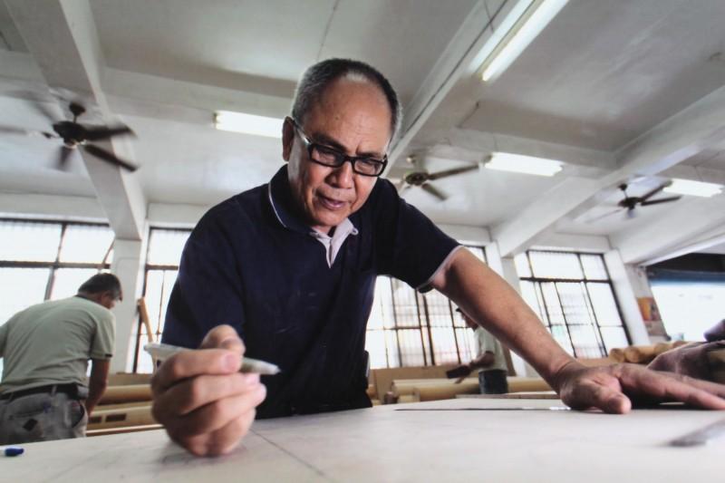台南市新增的「大木作」技術保存者陳天平。