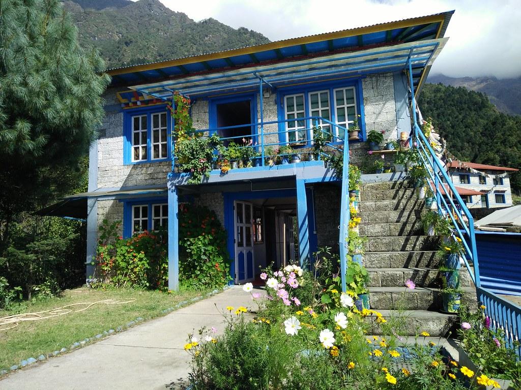 尼泊爾山區以石材為主要建材的房屋。