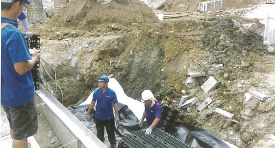 圖 10 北門廣場之堆疊施工