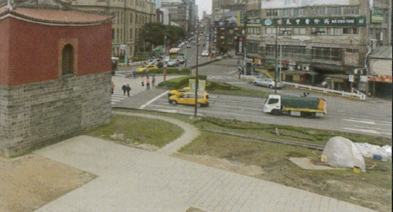 圖 13 北門廣場之完工照
