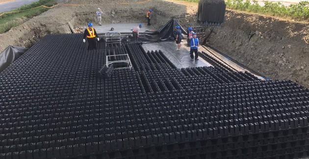 圖 27 台 61 線 - 雨水回收系統之堆疊施工